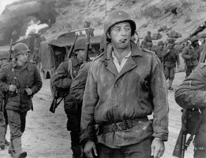 robert mitchum in the longest day